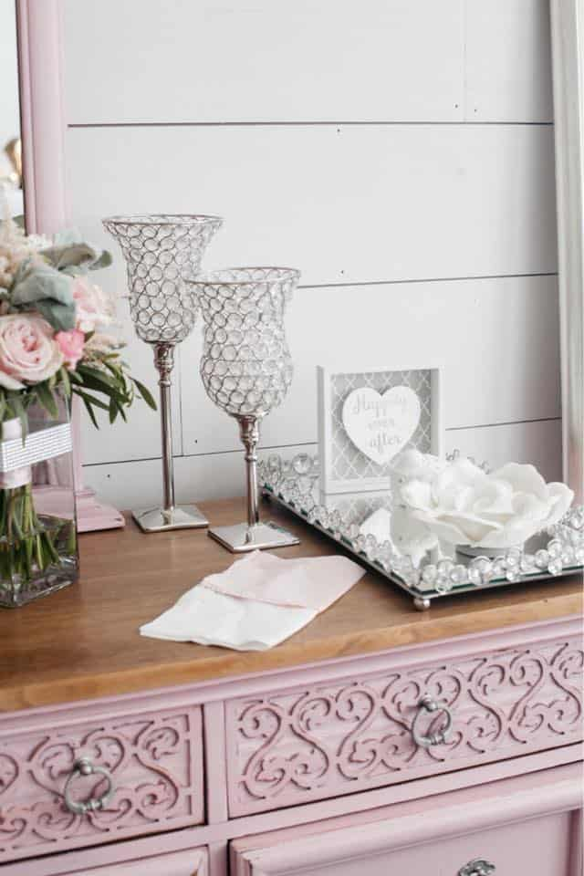 Brides Room Glass Decorations and Pink Furnitre