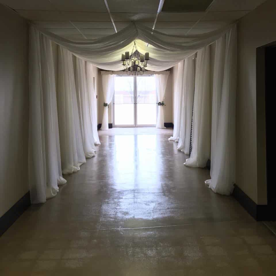 hallway to terrace outside of grooms room at heston hills